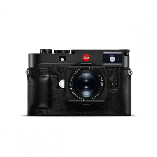Leica-Protector-leather-black