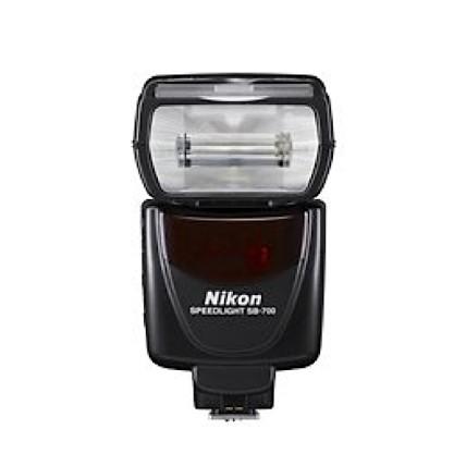 Nikon-Speedlight-SB-700